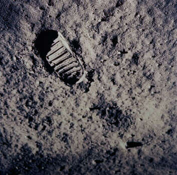 In this July 20, 1969 file photo, a footprint left by one of  the astronauts of the Apollo 11 mission shows in  the soft, powder surface of the moon. Photo: Anonymous, AP