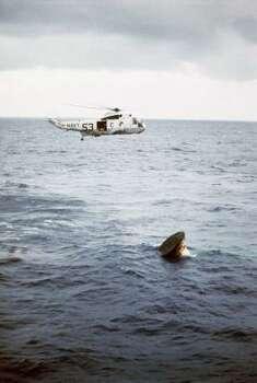 Apollo 11 slashdown in the Pacific, July 24, 1969. Photo: ASSOCIATED PRESS