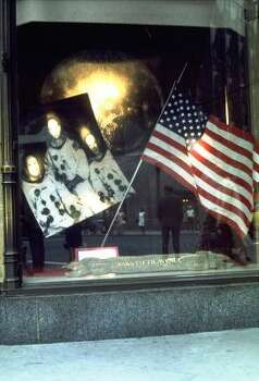 This picture shows a display in honor of the Apollo 11 astronauts in a window of the Saks 5th Avenue store in New York in 1969. Photo: ASSOCIATED PRESS