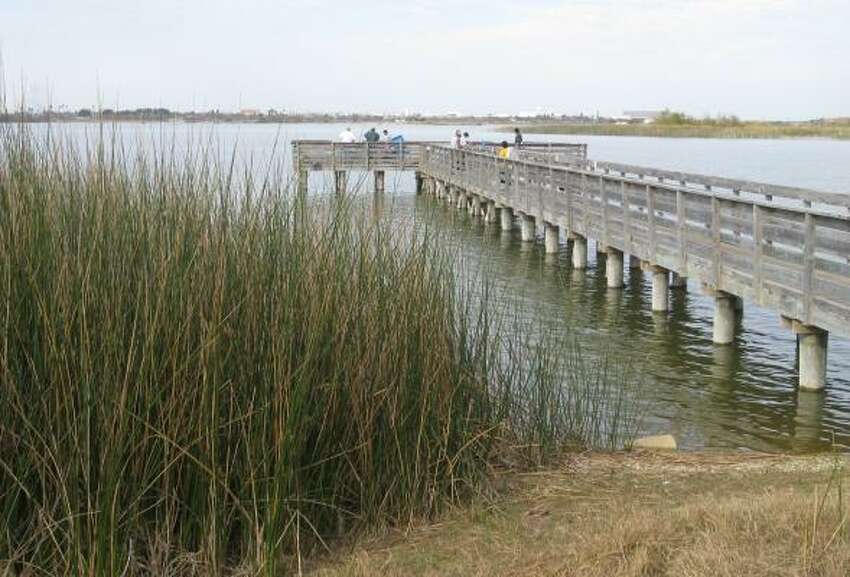 9. Lake Casa Blanca: Pier and shoreline fishing is popular near Laredo on the Mexico border.