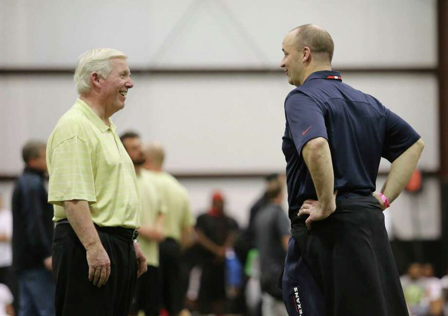 UCF coach George O'Leary, left, has fond memories and high hopes for Texans coach Bill O'Brien. Photo: Gary W. Green, McClatchy-Tribune / Orlando Sentinel