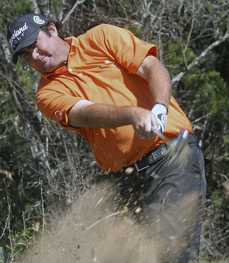 Tough rough on 14 didn't slow third-round leader Steven Bowditch, who shot 68. Photo: Tom Reel / San Antonio Express-News