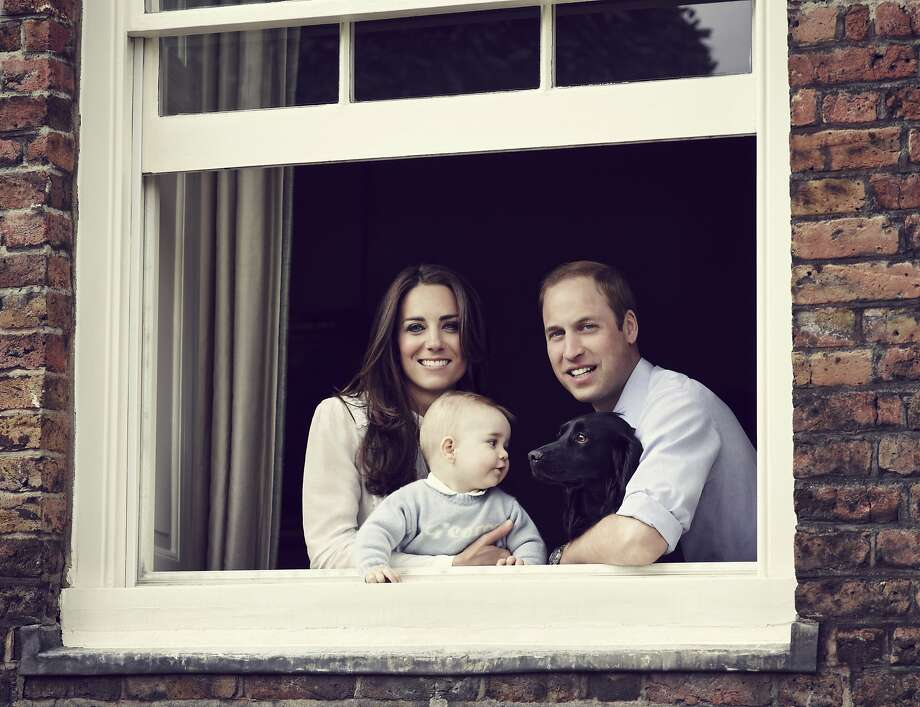 In this handout image provided by Jason Bell and Camera Press, Prince William, Duke of Cambridge, Catherine, Duchess of Cambridge and Prince George of Cambridge pose for an official family portrait at Kensington Palace, ahead of their tour to Australia and New Zealand, on March 18, 2014 in London, England. Photo: Hanout, Getty Images