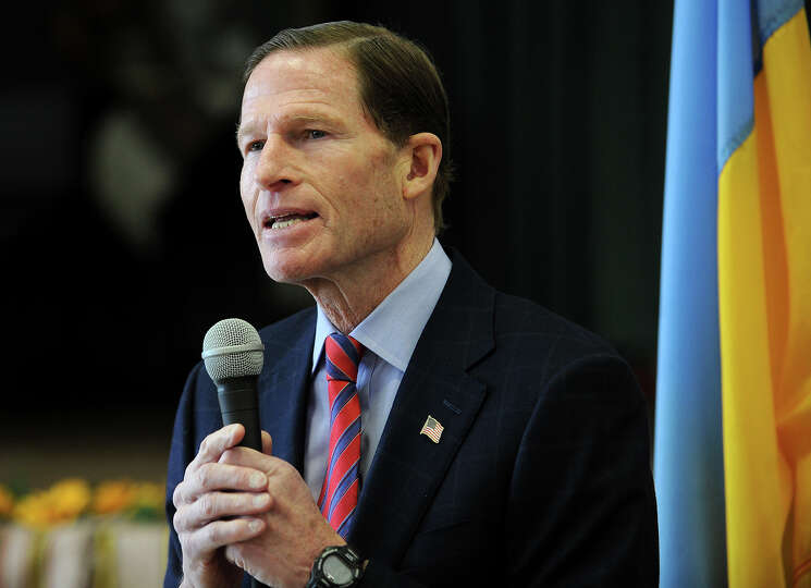 Sen. Richard Blumenthal, D-Conn., addresses a memorial service for the Ukrainian dead at St. Michael