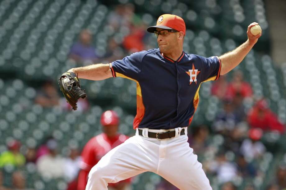 Pat Urckfitz of the Astros pitches against the Rojos del Aguila de Veracruz. Photo: Melissa Phillip, Houston Chronicle