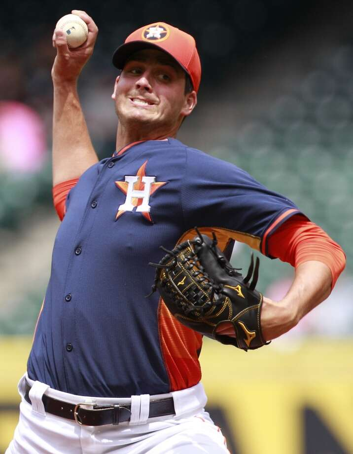 Mark Appel of the Astros throws against the Rojos del Aguila de Veracruz. Photo: Melissa Phillip, Houston Chronicle
