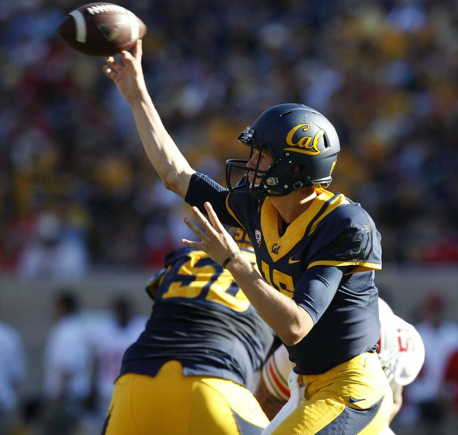 Quarterback Jared Goff set Cal records for passing yards, total offense and completions as a freshman. Photo: Michael Macor, The Chronicle