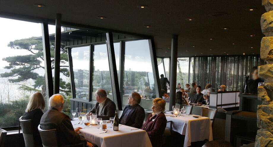 Canlis:Opened in 1950, Canlis is still relevant more than 60 years later. It's still Seattle's traditional, luxury restaurant, where men wear suits and big events are celebrated. Photo: Gilbert W. Arias, Seattle Post-Intelligencer