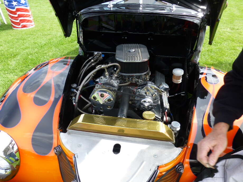 A 350-CID Chevrolet engine in the 1940 Ford Deluxe owned by Rod Schweiger, South San Francisco, Calif.