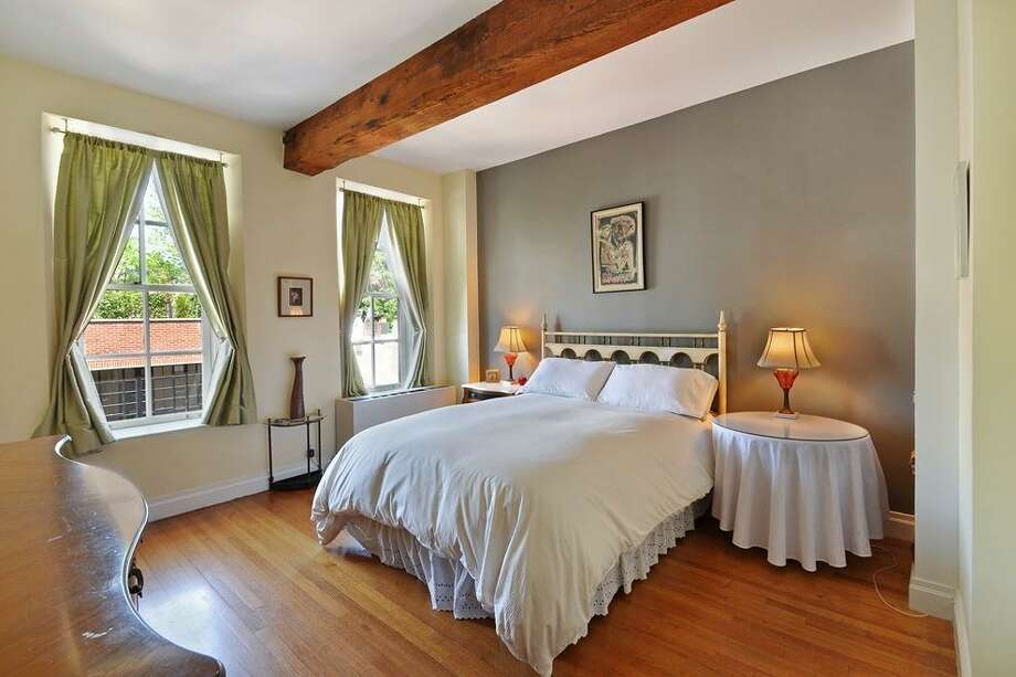 One of 2 beds. Photos via Corcoran Group and Zillow Blog