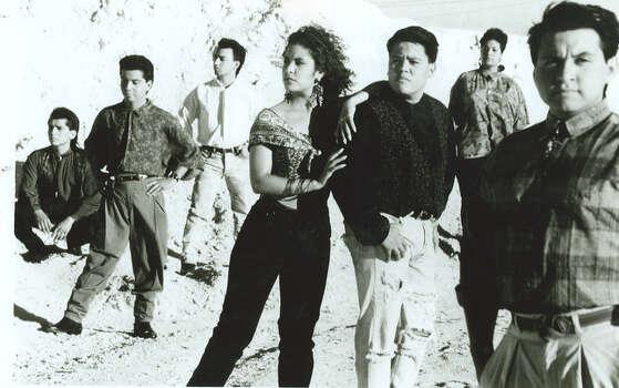 Selena y los Dinos.