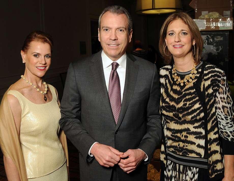 From left: Jill Devlin, Bob Devlin and Liz Zaruba Photo: Dave Rossman, For The Houston Chronicle