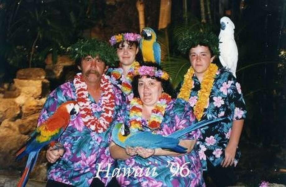 The aloha shirts, muumuus and leis weren't enough.