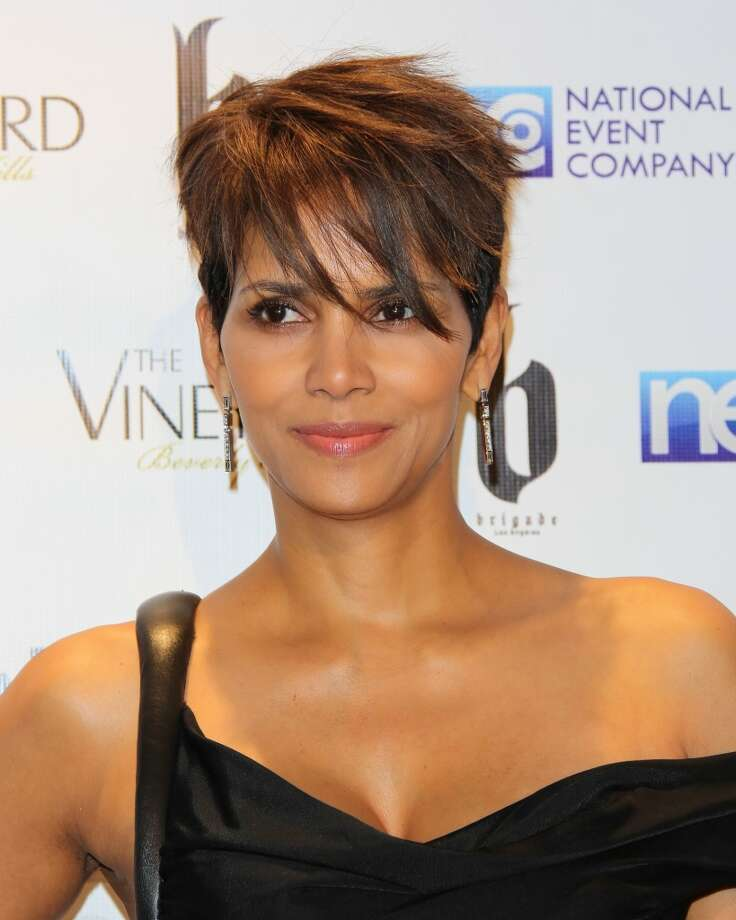 The bangs offer a fresh touch for Halle Berry's old 'do. Photo: Paul Archuleta, FilmMagic