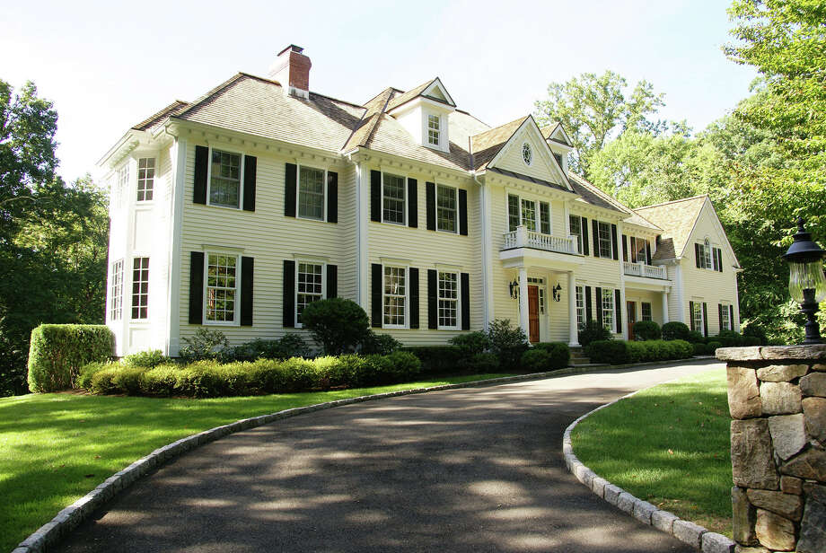 The 11-room at 418 Michigan Road on the west side of New Canaan offers  sophistication to a family-oriented home. It is on the market for $3,295,000. Photo: Contributed Photo, Contributed / New Canaan News Contributed