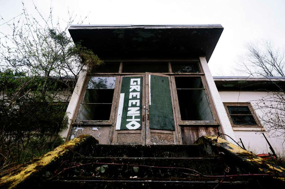 A view of the outside of one of three remaining buildings at a former Nike Site S-13/14 missile site in Redmond. Photo: JORDAN STEAD, SEATTLEPI.COM / SEATTLEPI.COM