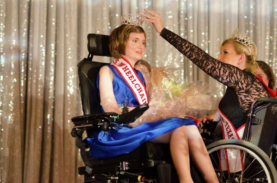 Haley Cornelius crowns Laura Halvorson the 10th Anniversary Ms. Wheelchair Texas Pageant at the Marriott Westchase in Houston TX on Saturday, March 29th, 2014 Photo: Jamaal Ellis / ©2014 Houston Chronicle
