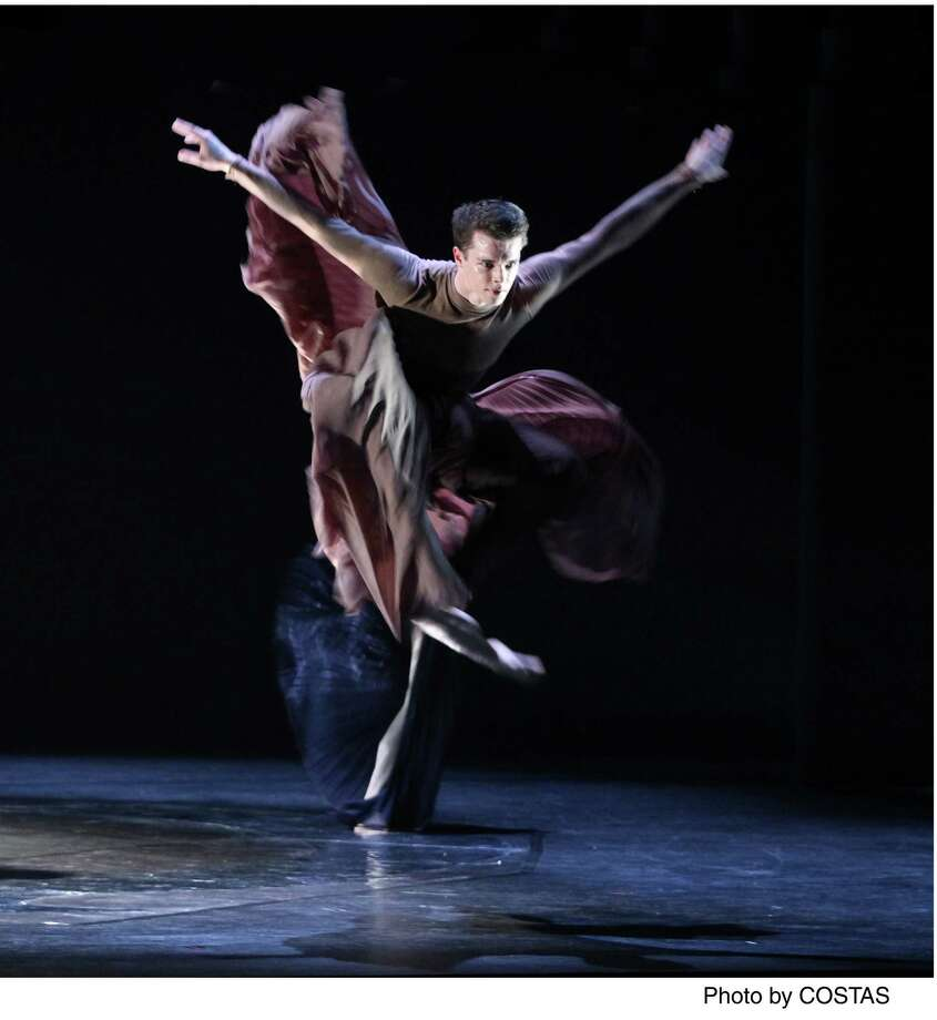 "Andonis Foniadakis's ""Echo"" (photo by Costas)."