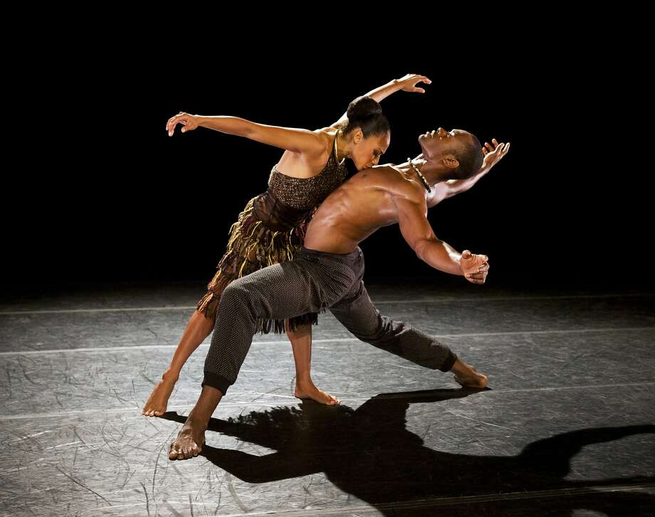 "Linda Celeste Sims and Jamar Roberts in ""Lift."" Photo: Paul Kolnik., Cal Performances"