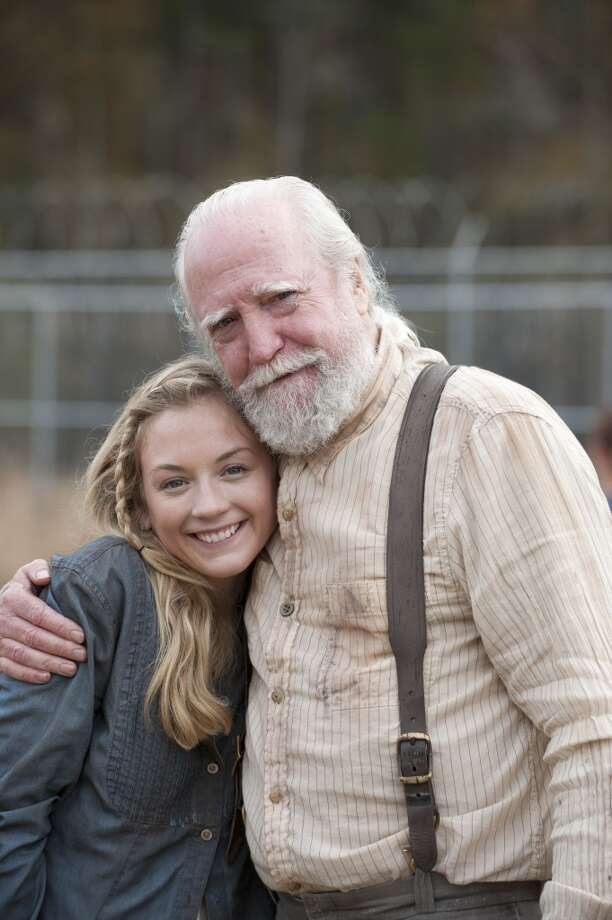 Emily Kinney and Scott Wilson - The Walking Dead _ BTS - Season 4, Episode 16 - Photo Credit: Gene Page/AMC Photo: Gene Page/AMC