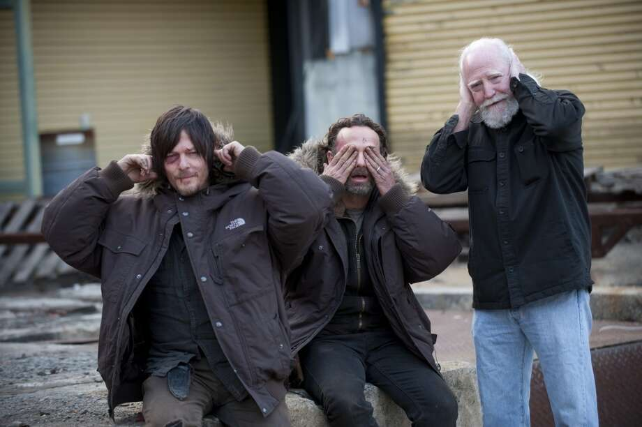 Norman Reedus, Andrew Lincoln and Scott Wilson - The Walking Dead _ BTS - Season 4, Episode 16 - Photo Credit: Gene Page/AMC Photo: Gene Page/AMC