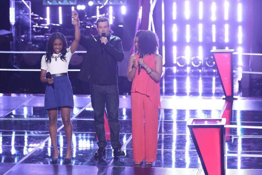 "Deja Hall, Carson Daly and Musicbox / Ayesha Brooks on ""The Voice."" Photo: Tyler Golden, NBC"