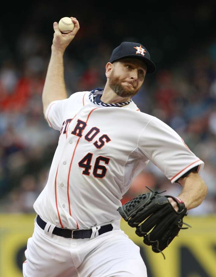 Astros pitcher Scott Feldman delivers a throw to the Yankees. Photo: Melissa Phillip, Houston Chronicle