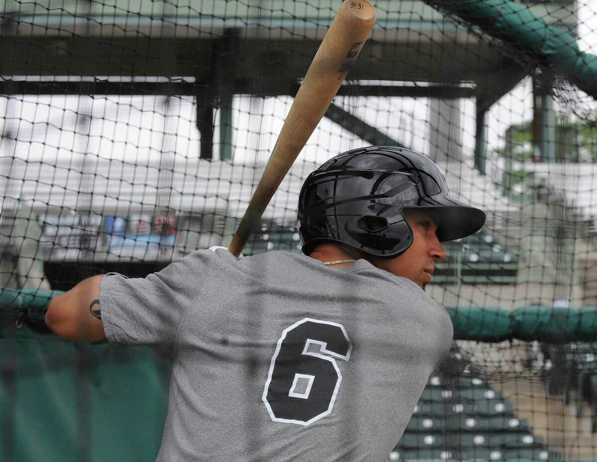 Jace Peterson hits during the first workout for the Texas League San Antonio Missions on Tuesday, April 1, 2014.