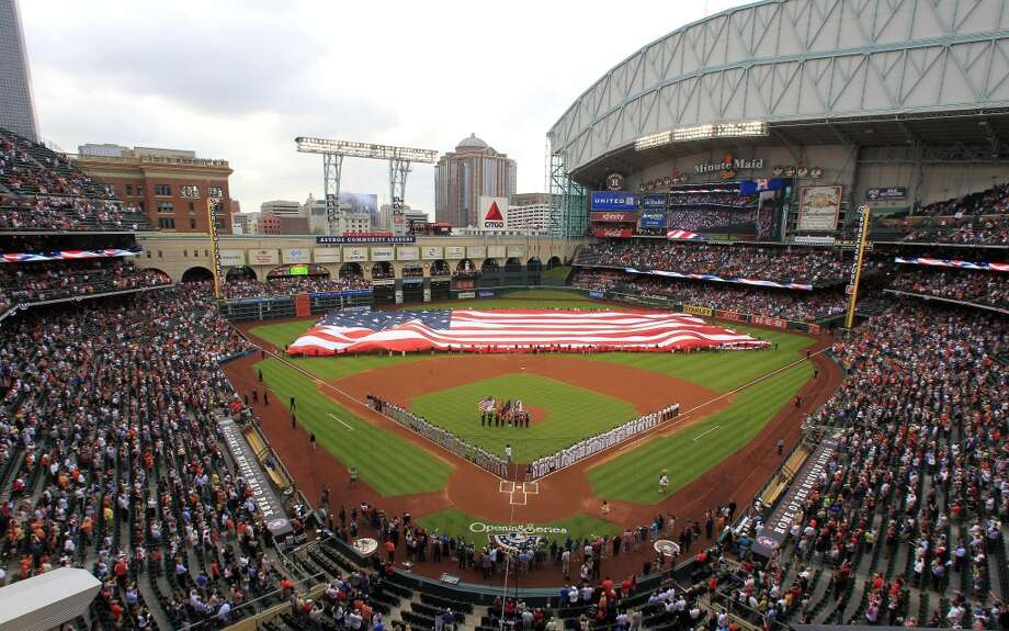 PHOTOS: Where to eat and drink near Minute Maid Park An overhead look at Minute Maid Park as lineups are announced. Photo: Karen Warren, Houston Chronicle