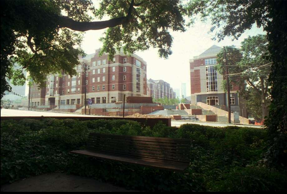 6. Georgia Tech (in-state)2013 cost: $92,25020-year net ROI: $755,600 Photo: LEITA COWART, Associated Press