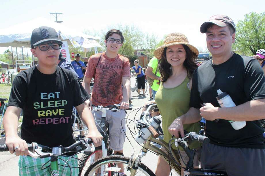 On bikes, skateboards, unicycles, strollers or feet, people hit the South Side as for the first time Siclovía rolled onto new ground. Photo: Photos By Libby Castillo, For MySA.com