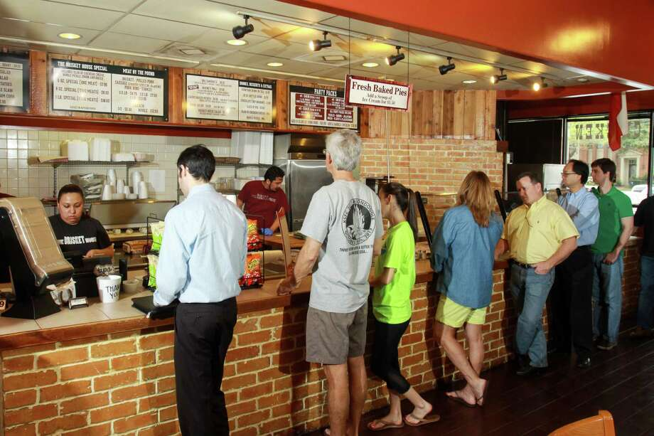 Customers lined up to put in orders at The Brisket House in west Houston. Photo: Gary Fountain, Freelance / Copyright 2014 by Gary Fountain