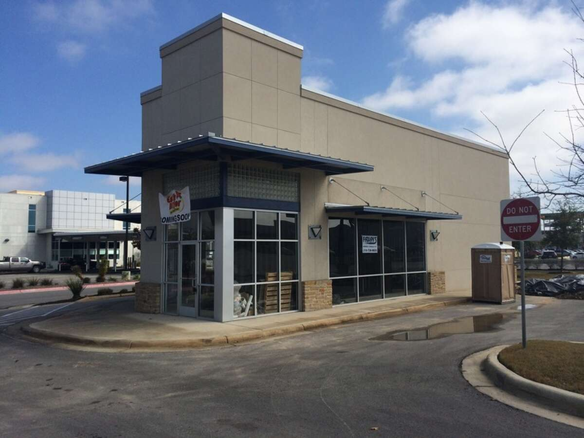 Earth Burger's location in Park North Shopping Center on the corner of Blanco at Loop 410