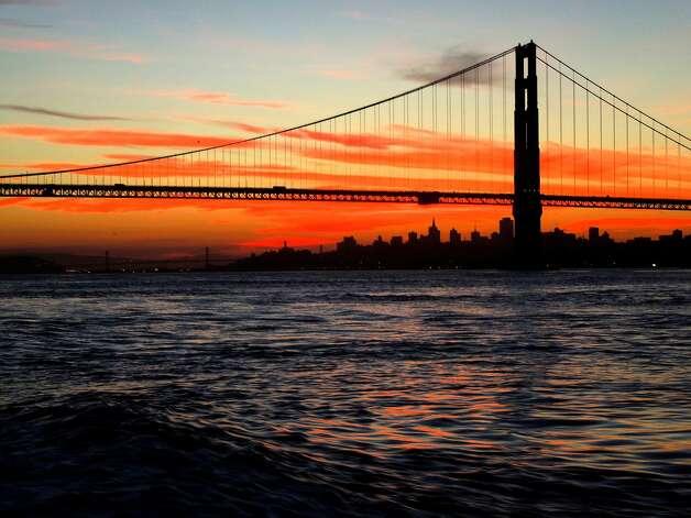 Weather could make or break saturday 39 s salmon opener sfgate for Deep sea fishing northern california