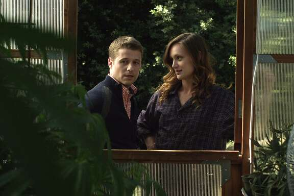 Ben McKenzie as Nick Randworth and Kerry Bishe as Lily Palmer in GOODBYE WORLD.