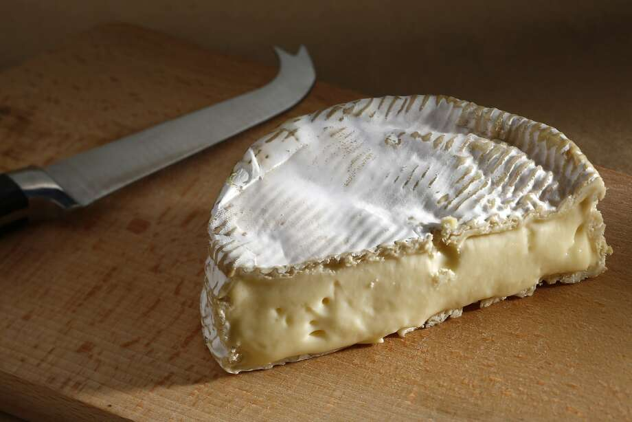 Tunworth has the supple texture and heady truffle aroma that make a raw-milk Camembert so compelling. Photo: Craig Lee, Special To The Chronicle