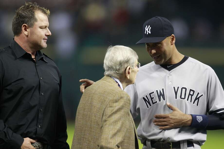 Yankees shortstop Derek Jeter with former Astros broadcaster Milo Hamilton. Photo: Melissa Phillip, Houston Chronicle