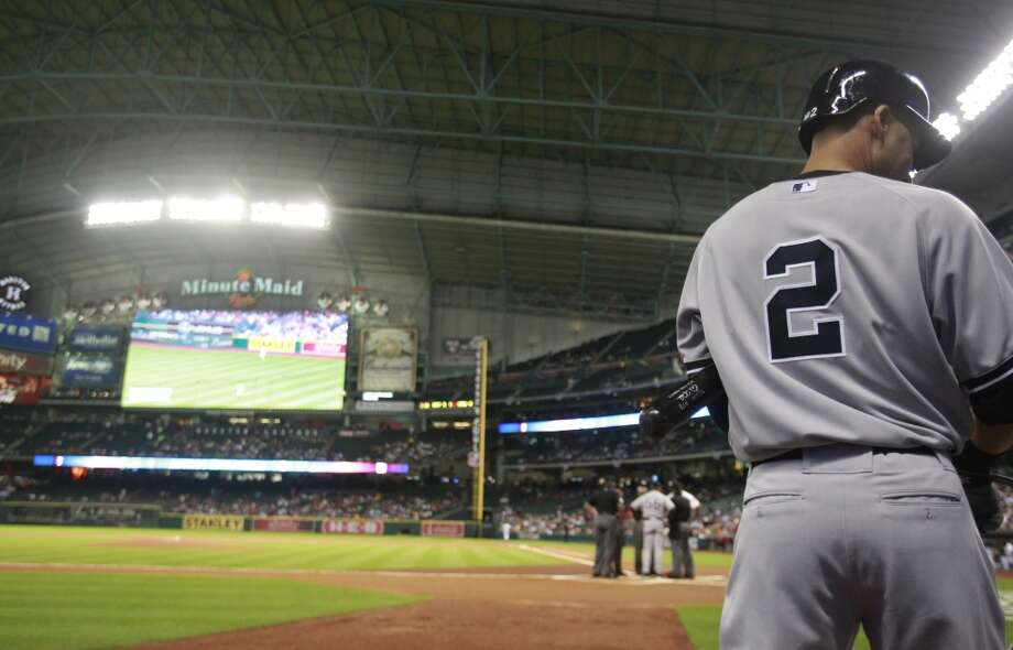 Yankees shortstop Derek Jeter before his first at-bat against the Astros. Photo: Melissa Phillip, Houston Chronicle