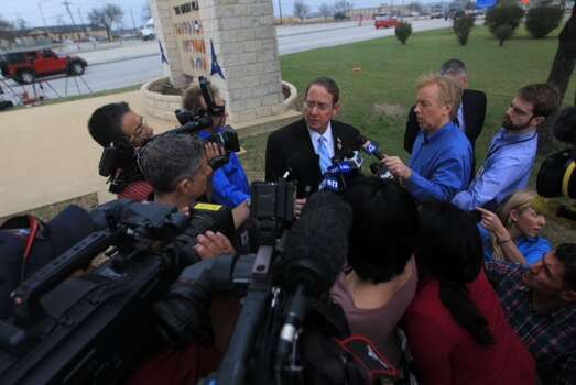 Kileen Mayor Dan Corbin spoke to the press outside Fort Hood April 3, 2014. Photo: Cody Duty, Houston Chronicle