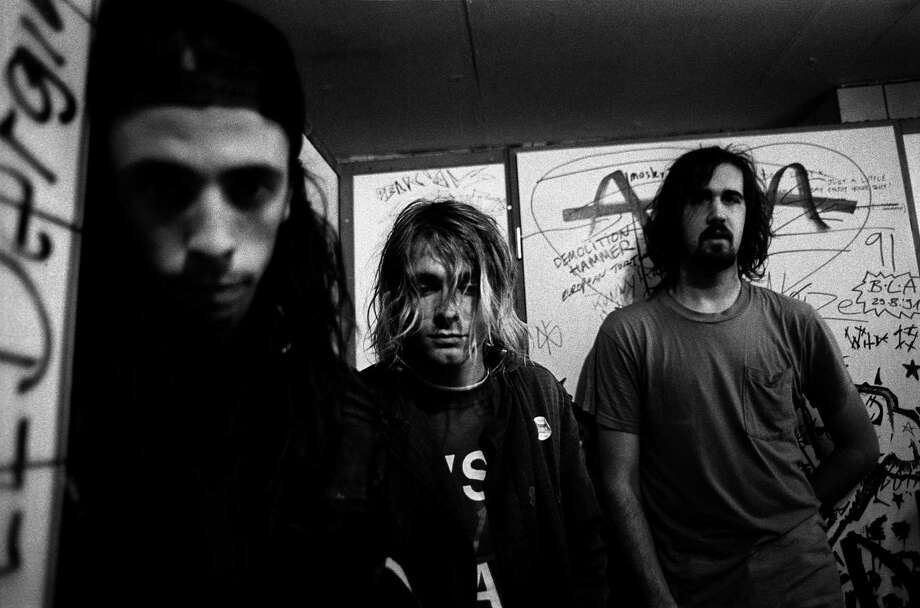 Nirvana posed in Frankfurt on November 12 1991. Photo: Paul Bergen, Redferns / 1991 Paul Bergen