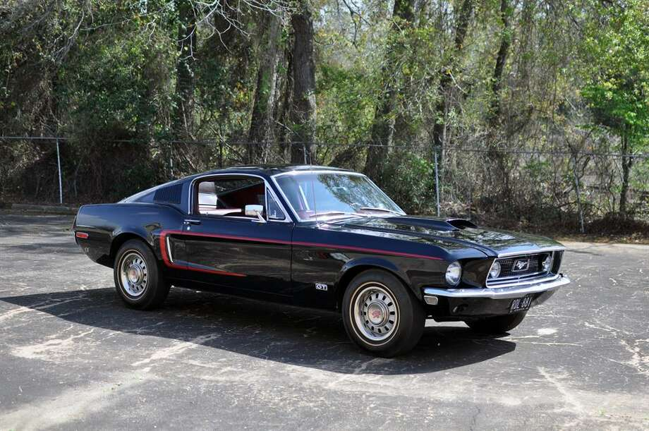 1968 1/2 Mustang GT 428 Cobra. Photo: Motostalgia Auctions