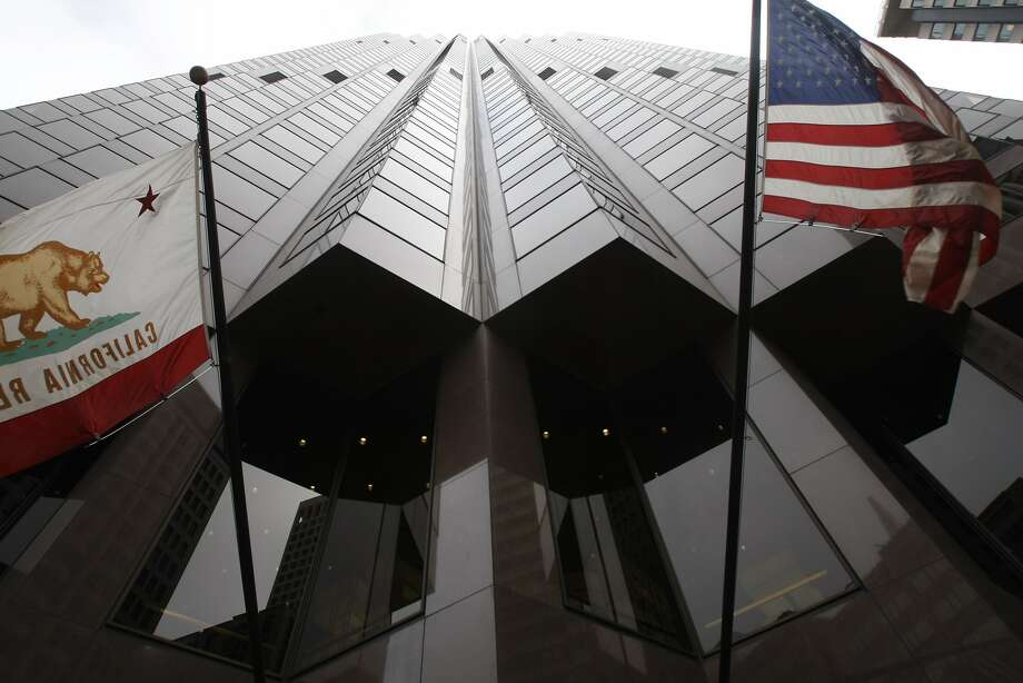 Microsoft is moving to 555 California St., formerly known as the Bank of America building. Photo: Eric Luse, The Chronicle