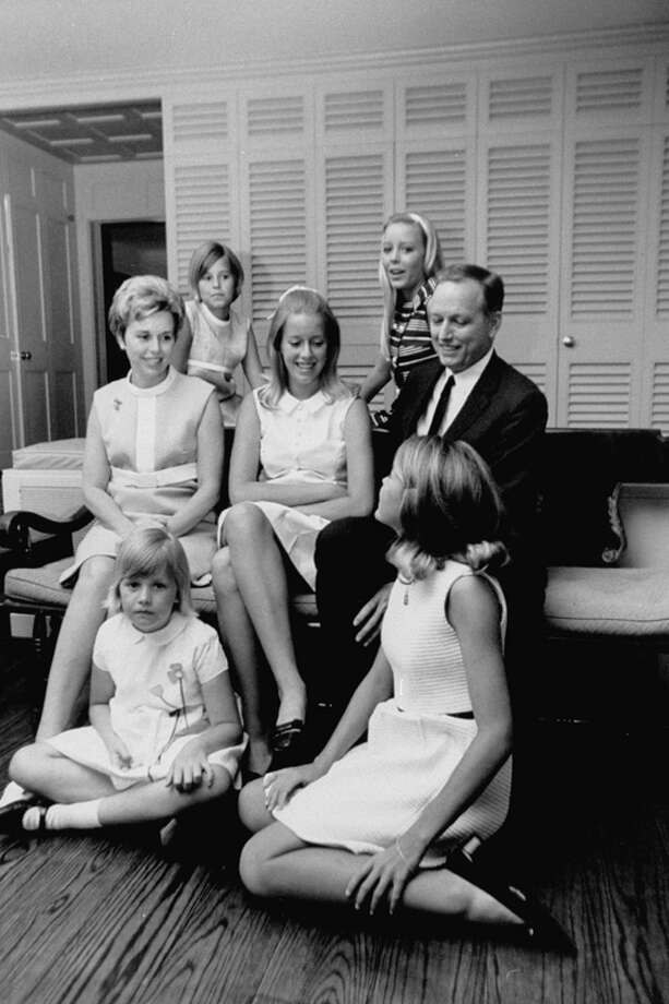 Heart surgeon Dr. Denton A. Cooley is pictured with his family. Photo: Donald Uhrbrock, Time & Life Pictures/Getty Image / Donald Uhrbrock