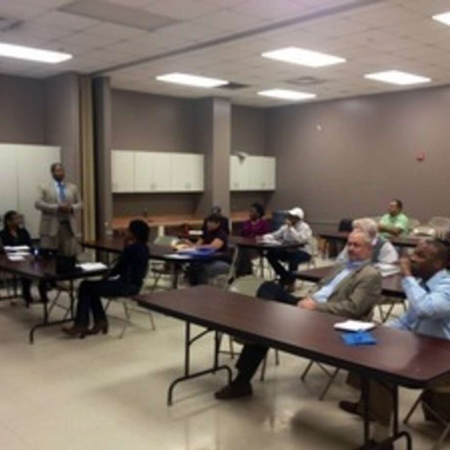 The Fifth Street Neighborhood Plan & Market study was presented to community leaders, residents and developers.