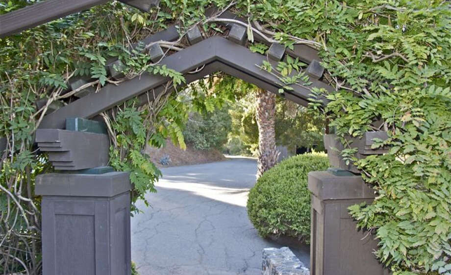 Through the gates. Pics: Peter Pickrel of Coldwell Banker/MLS