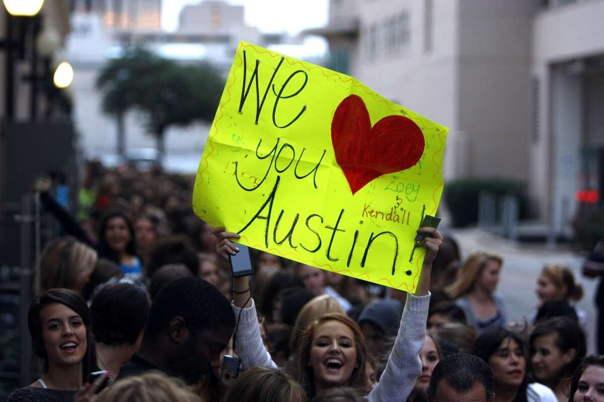 1. Austin Mahone's fans (mostly teenage girls) are known as