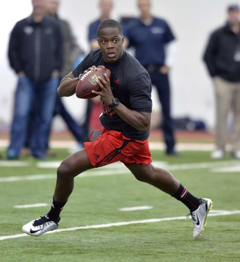4. Teddy Bridgewater could be in trouble. It's easy to shrug off pro days. But Bridgewater reinforced some of the concerns about his game and showed shaky confidence during an outing when he should have clearly proven he was the Texans' best choice at No. 1. Photo: Timothy D. Easley, Associated Press