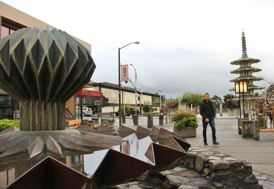 Origami Fountains Photo: Stephanie Wright Hession