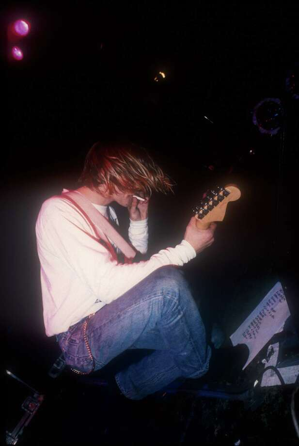 Kurt Cobain performing live with Nirvana Nov. 5, 1991 at the Astoria, London on their Nevermind tour. Photo: Photoshot, Getty / 2012 Photoshot