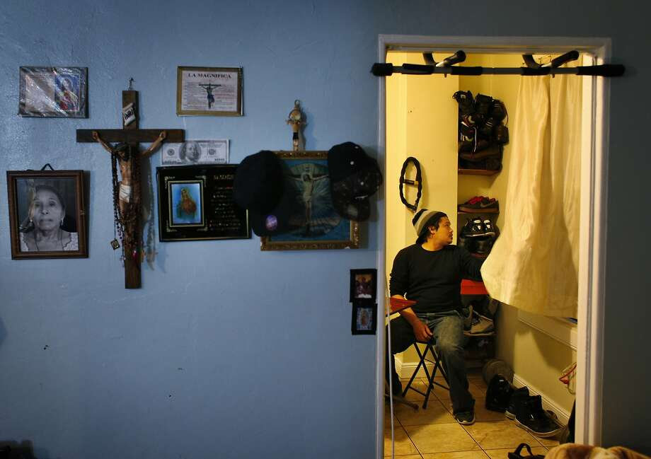 Hector Mojon shares an apartment with three others, including Raymundo Gutierrez, who would benefit from the wage increase. Photo: Carlos Avila Gonzalez, The Chronicle